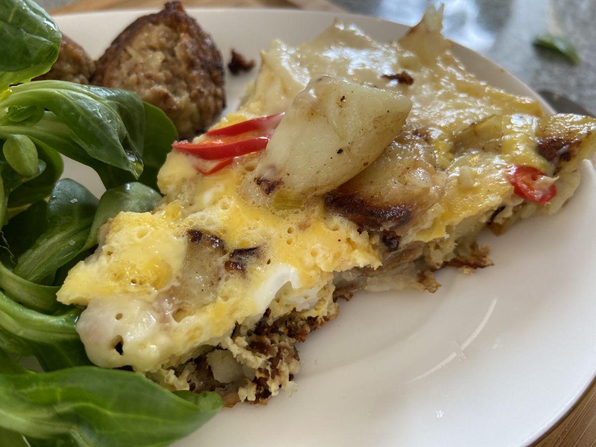 Potatistortilla eller Potatisomelett -perfekt att göra på rester!